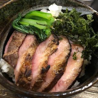 チャーシュー丼(丿貫)