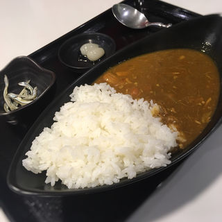 奄美カレー(まんでぃ)