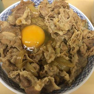 牛丼大盛り生卵(牛丼専門サンボ (さんぼ))