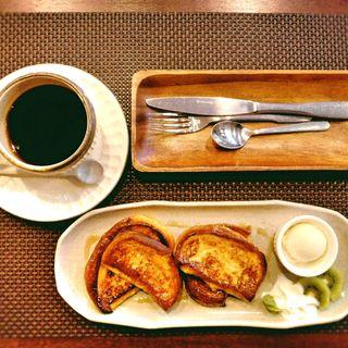 フレンチトースト(4丁目さくらcafe (ヨンチョウメサクラカフェ))
