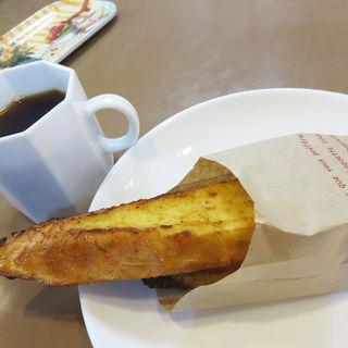 バゲットのフレンチトースト(ハローブラウン )