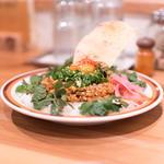 夜のキーマカレー+オーガニックパクチー(spiceスエヒロ (スパイススエヒロ))