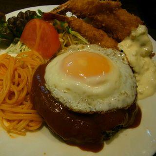 スペシャルハンバーグ定食(心勇軒)