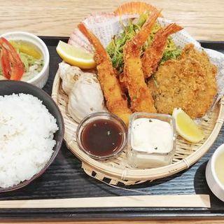 海老とコハダのミックスフライ定食(#uni Seafood)