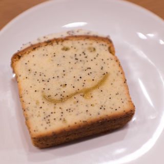 ケーキ レモンポピーシード&クリームチーズ(スターバックスコーヒー ピオレ姫路1階店)