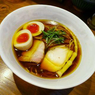 味玉醤油ラーメン(いかれたヌードル フィッシュトンズ (いかれたNOODLE Fishtons))