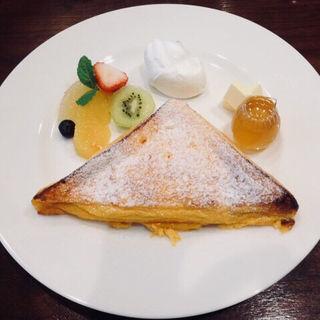 リッチフルーツフレンチトースト(カフェ フェイト (Cafe Fate))