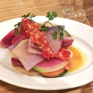 千葉県産野菜のサラダ 塩麹とドライトマトのドレッシング(チャヤ ナチュラル&ワイルドテーブル)