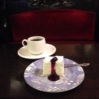 レアチーズケーキ(フレンチ)(フランソア喫茶室 (Salon de the FRANCOIS))