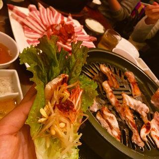 サムギョプサル食べ放題(吾照里 横浜東口ポルタ店 (オジョリ))
