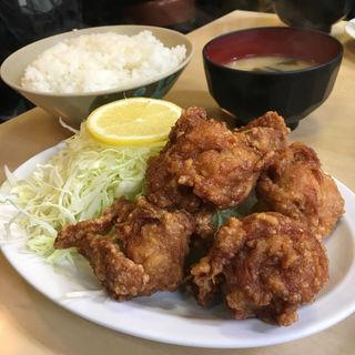 唐揚げ定食(かんだ食堂 (かんだしょくどう))