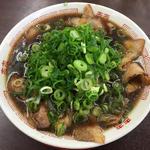 中華そば 肉多目シロ