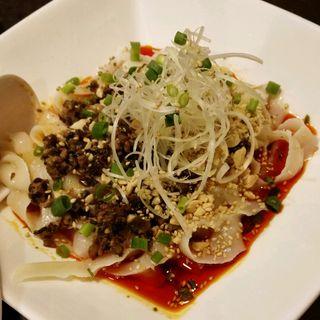 汁なし刀削麺(陳家私菜 赤坂一号店 湧の台所)