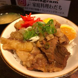 牛スジ煮込み丼(家庭料理わだち)