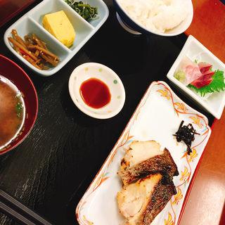 日替わりランチ  限定     真鯛西京焼き(おさしみや )