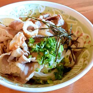 肉ぶっかけ冷(三好うどん)