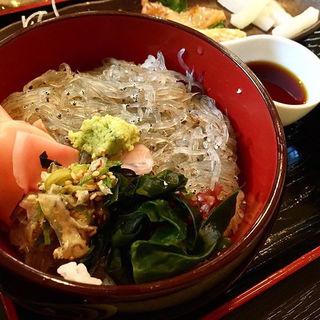 生しらす丼(海鮮館 (かいせんかん))