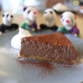 チョコレートのチーズケーキ(ミックスパンダコーヒー)
