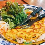 海老と豚肉のバインセオ