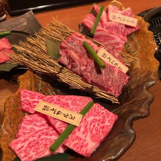コース料理の一部(焼肉一丁 梅田お初天神店 (やきにくいっちょう))