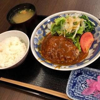 神戸牛入りハンバーグ(櫻 (-SAKURA-))