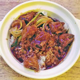 スペアリブと野菜の甘酢っぱ土鍋飯(中国茶房8 六本木店 (チャイニーズカフェ・エイト))