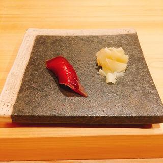 鰹の握り(鮨ばんど)