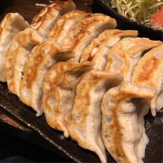 肉汁焼餃子(ダンダダン酒場 新小岩 )