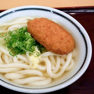 コロッケうどん(かけうどん+コロッケ)(釜揚げうどん 岡じま 高松店 )