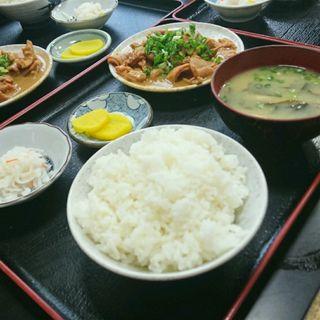 ホルモン定食 ホルモン中・ご飯中(かつ美食堂 (カツミショクドウ))