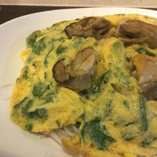牡蠣と卵の焼きビーフン(ビーフン東 (ビーフンアズマ))