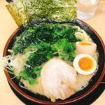 豚骨醤油ラーメン(松田屋 日本橋室町)