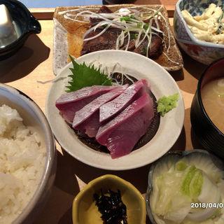刺身付き煮魚定食(秋葉原魚金)