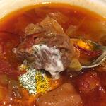 ボルシチ (赤かぶと肉野菜の旨みたっぷりスープ)