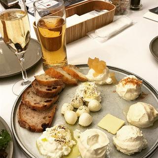 フレッシュチーズとクリームバー(タカナシミルクレストラン)