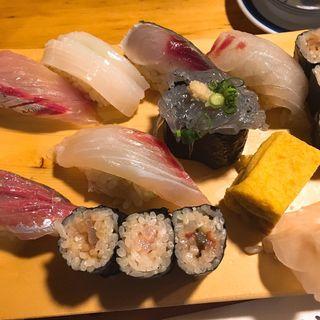 【地魚鮨】(天史朗寿司 (てんしろうずし))