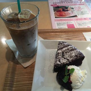 ガトーショコラ(カフェオットー ピゥ (CAFFE OTTO.Piu))