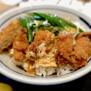 カツ丼定食(はちまん )