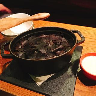 トリュフの炊き込みご飯(Shaji (シャジ))
