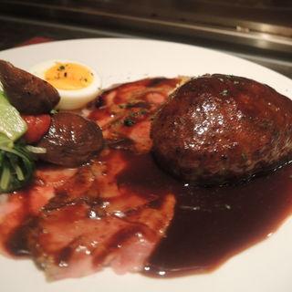 神戸牛ローストビーフと和牛ハンバーグセット(窯焼きステーキ 福田)