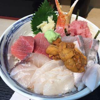 おまかせ丼(鈴木水産 (スズキスイサン))