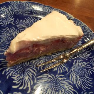 イチゴとヨーグルトのケーキ(コノ花まひろ )