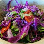ムラサキキャベツと新タマネギのサラダ