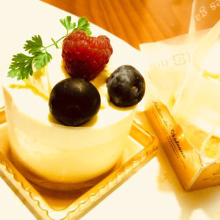 レアチーズケーキ(ふらんすやま保土ヶ谷店)