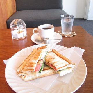 ホットサンド(カノコカフェ (kanoco cafe))