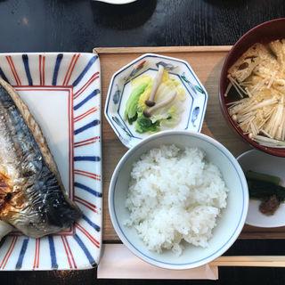 サバの塩焼き(酢重ダイニング 六角 東京ミッドタウン店 (ロッカク))