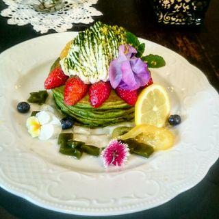 レモンティラミスと抹茶のパンケーキ(カフェアンジェ (Cafe Ange))