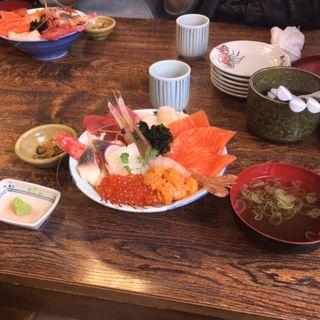 海鮮丼(北のグルメ亭)