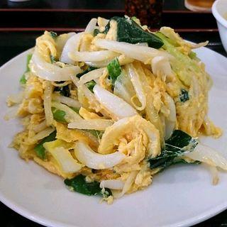 イカとニラの卵炒め(アジア料理 菜心 )