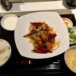 若鶏の唐辛子炒め定食